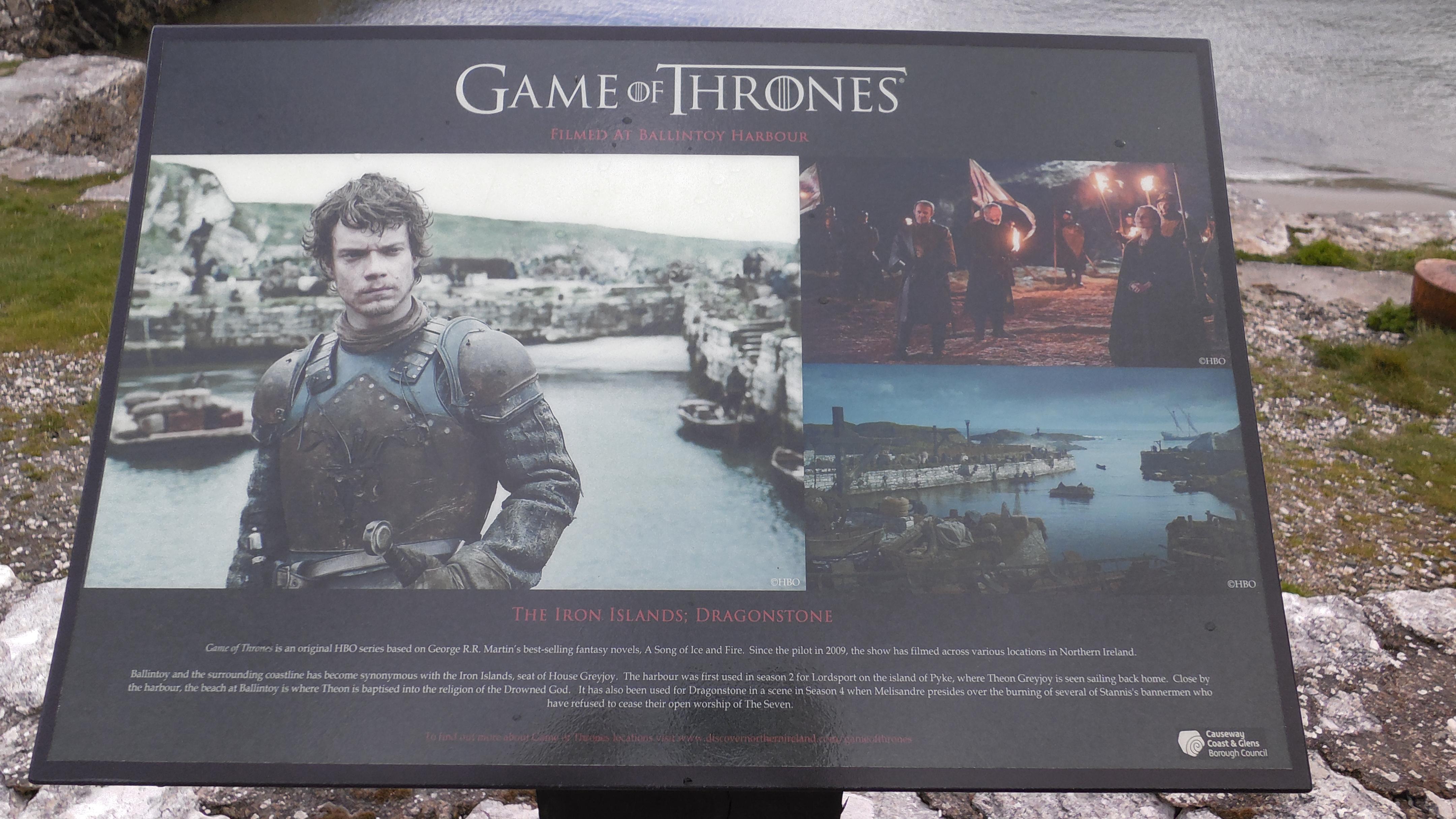 Hinweisschild Ballintoy Harbour