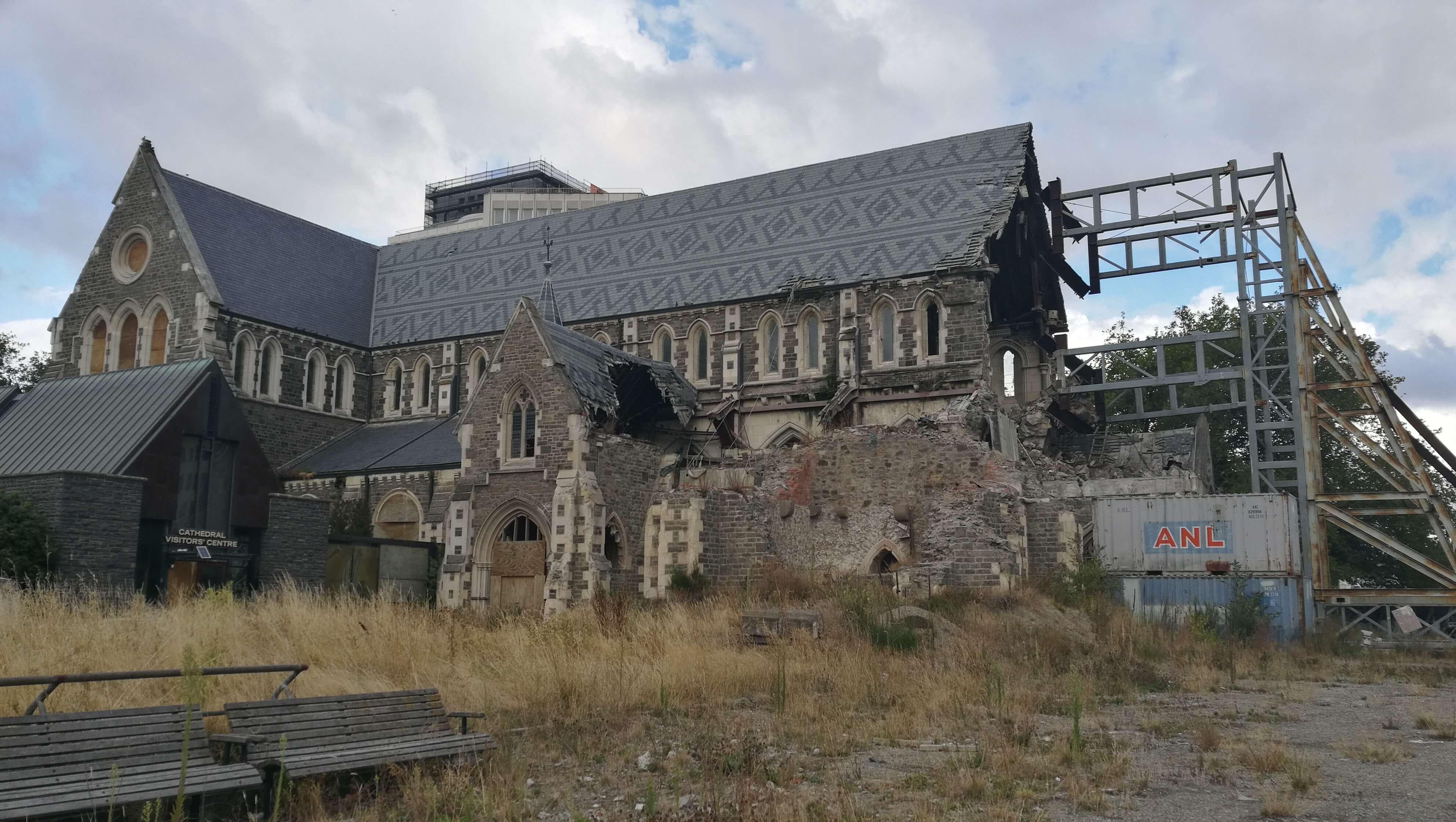 baufällige Kirche